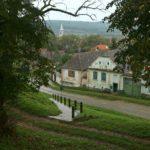 Blick auf das Dorf Hosman